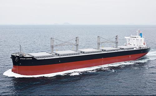 """63,000載貨重量トン型ばら積み運搬船「""""IS"""" NEW I-STAR 」"""